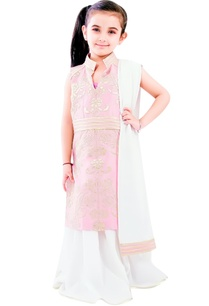 blush-pink-kurta-set-with-lacha-work