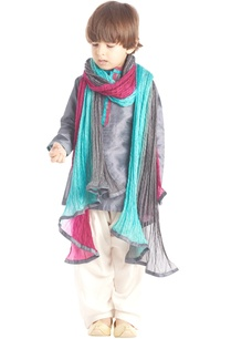 grey-kurta-set-with-dupatta