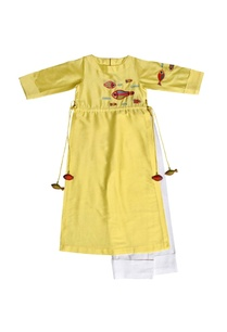 yellow-embroidered-tunic-with-pants