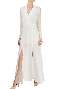 white-maxi-with-gathers-slits