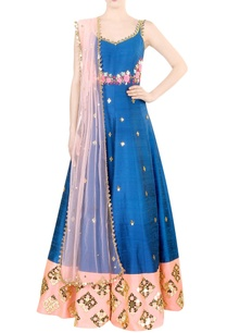 electric-blue-embroidered-kurta-set