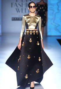 black-gold-paneled-blouse