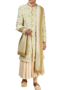 white-embroidered-sherwani