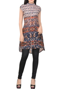 blue-printed-tunic-with-asymmetrical-hemline
