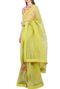green-sari-with-salmon-pink-printed-blouse