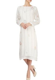 white-striped-block-printed-dress