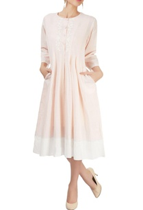 rose-pink-dress-with-box-pleats