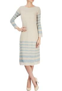 grey-dress-with-stripes