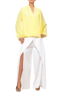 white-overlapped-pants-with-yellow-top