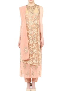peach-embellished-kurta-set