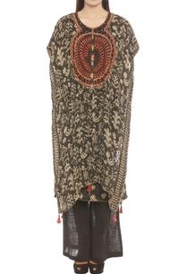 black-kurta-set-with-beige-geometric-print