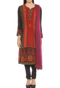 black-kurta-set-with-multi-colored-print