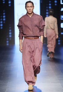 onion-pink-pleated-trousers