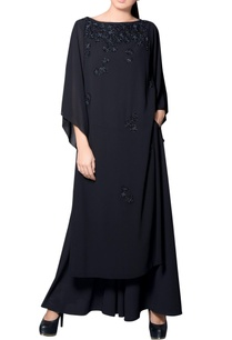 black-kurta-with-sequins-embroidery
