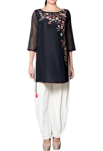black-ivory-embroidered-kurta-set
