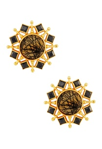 black-earrings-with-gold-enhancement
