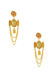 gold-chain-earrings