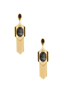 gold-grid-chain-earrings