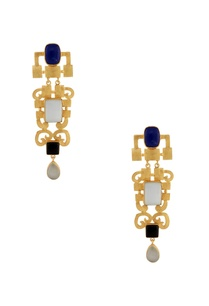 gold-earrings-with-stones