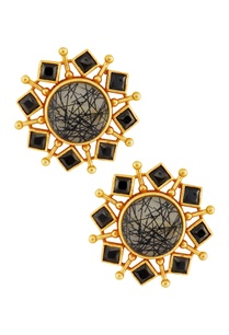 black-gold-earrings