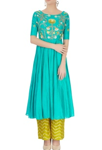 blue-embroidered-kurta-set