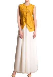 mustard-yellow-top-with-embroidery