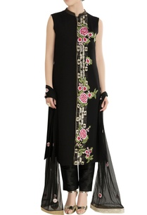 black-kurta-set-with-embroidery