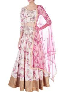 pink-gold-embroidered-lehenga-set