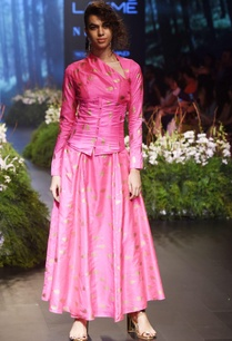 pink-anarkali-set-with-cut-out