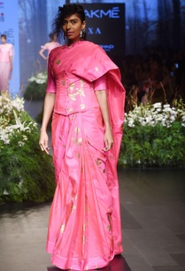 pink-sari-blouse-with-periwinkle-motif
