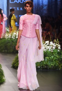 baby-pink-embroidered-sari