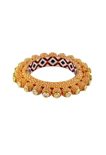 gold-finished-bracelet-with-white-beads