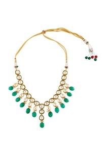 gold-pleated-necklace-with-green-beads