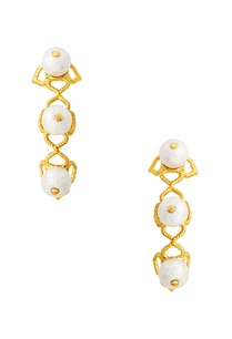 gold-plated-ear-cuffs-with-pearls