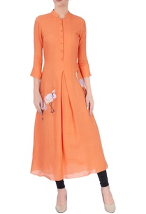 orange-embroidered-crane-kurta