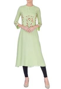 pista-green-embroidered-kurta