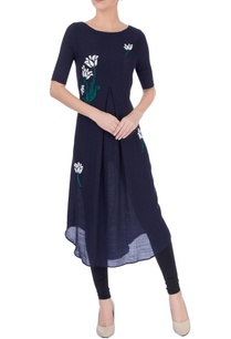 black-embroidered-kurta