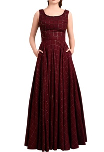 wine-red-checkered-gown