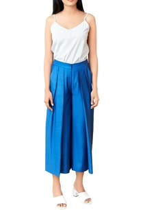 blue-pleated-culottes