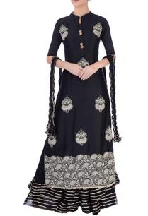 black-printed-skirt-set