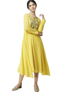 mustard-yellow-gota-embroidered-tunic