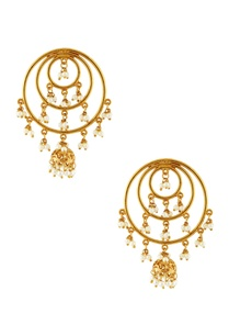 gold-round-earrings-with-pearls