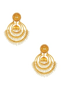 gold-plated-hoop-earrings-with-pearls