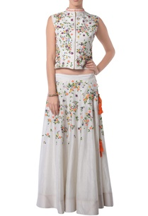 white-embroidered-lehenga-set