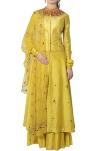 yellow-kurta-set-with-colorful-beadwork