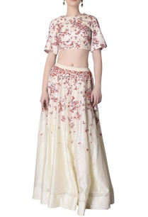 ecru-skirt-set-with-floral-embroidery