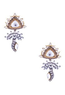gold-earrings-with-silver-plating