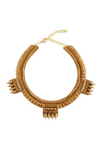 gold-plated-necklace-with-beads-spike-details