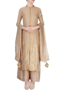 beige-suit-in-ancient-zari-goldwork