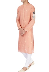 peach-kurta-with-skaterboader-motifs